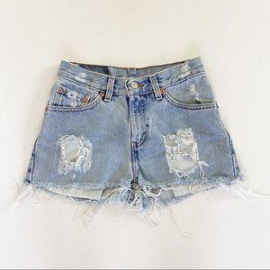 Levi's vintage 517 high waisted shorts size 3